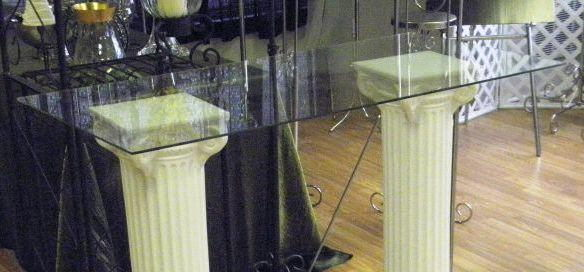 Where to find GLASS TOP REGISTRY W COLUMNS in Mt. Airy