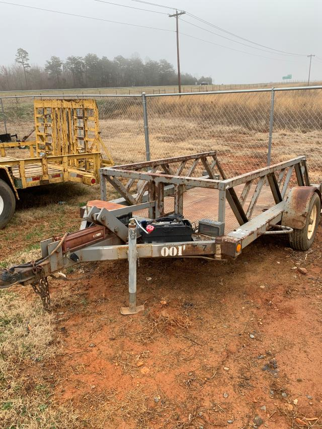 Where to find TRAILER 4X10 HYD 4000LB in Mt. Airy